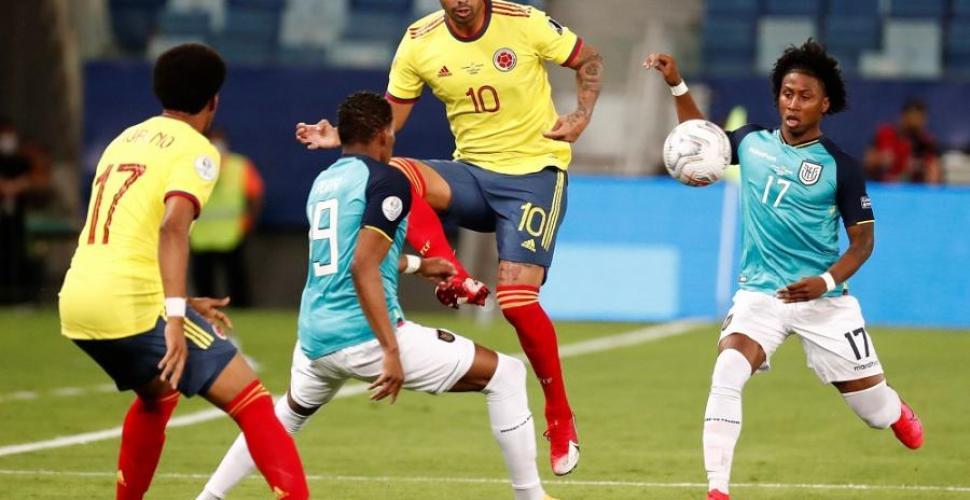 Una fantasía de Cardona da la victoria a Colombia en la Copa