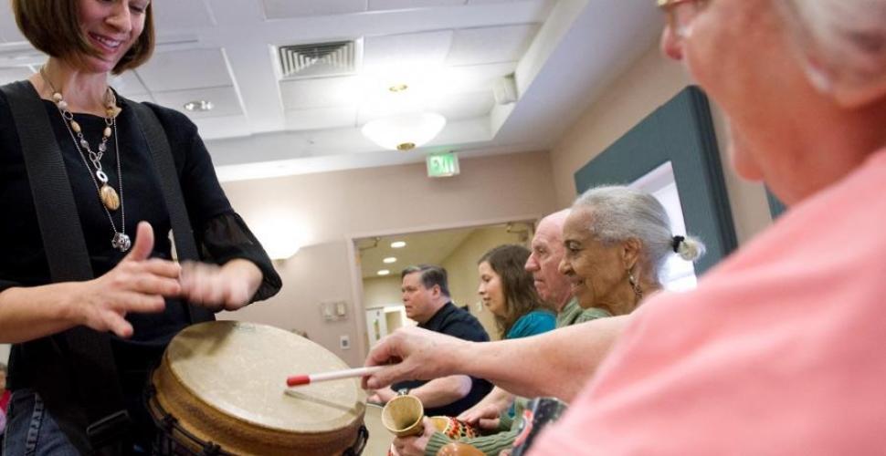 Nuevos hallazgos cambian forma de tratar el Alzheimer