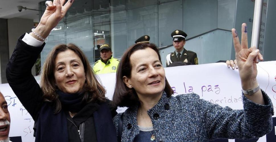 Ingrid Betancourt, cara a cara con sus captores de las Farc