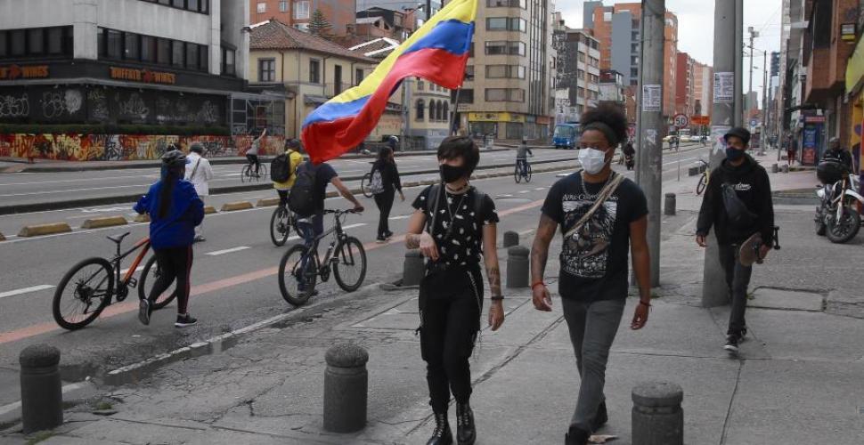 Charlas Bogotanas pone la lupa en la ocupación juvenil