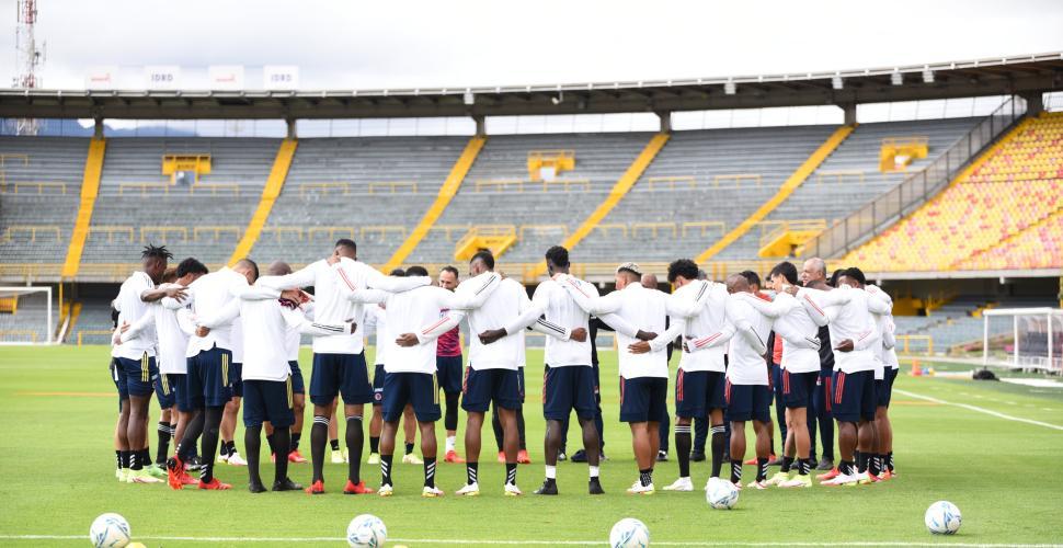 """Reinaldo Rueda espera que Colombia resuelva la """"parte estratégica"""" que plantee Ecuador"""